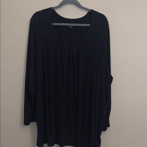 Pennington's relaxed fit black long sleeve top
